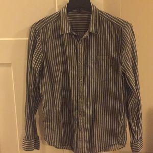 Brown/grey shirt